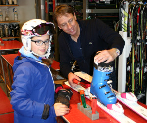 kids-ski-equipment-rental-zermatt